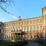 Идею создания профсоюзного кадрового центра  судостроительной отрасли обсудили в Санкт-Петербурге