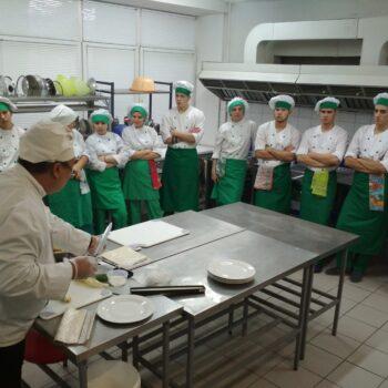 Поварской мастер-класс в колледже Петростройсервис