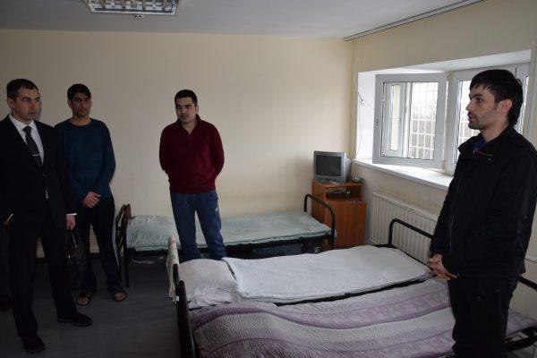 Посещение специального учреждения временного содержания иностранных граждан