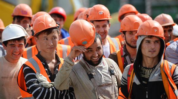 В Петербурге для профилактики терроризма расширят трудоустройство мигрантов из Центральной Азии