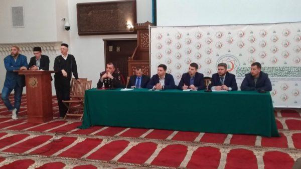 19 апреля 2019 года в Санкт-Петербургской Соборной мечети прошел информационно-практический семинар по социально-культурной адаптации трудящихся мигрантов в Санкт-Петербурге
